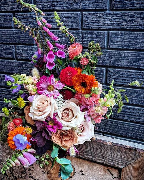 @smallflowerfloralstudio