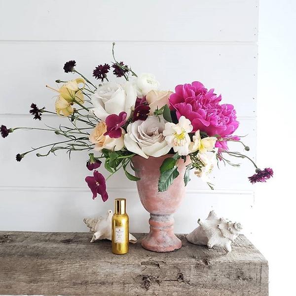 @hawthorn.floral.atelier