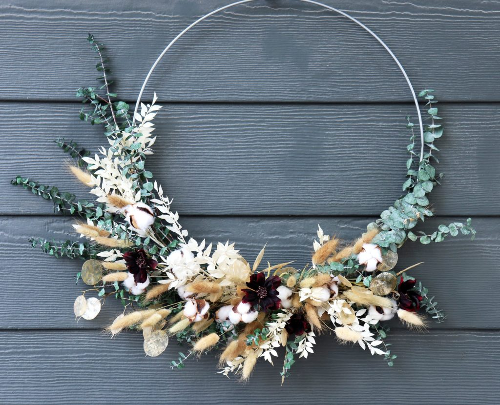 Circle Ring Wreath with Dried Eucalyptus and Cotton